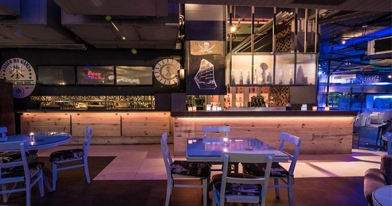Hinglish - Cafe Beach Bar