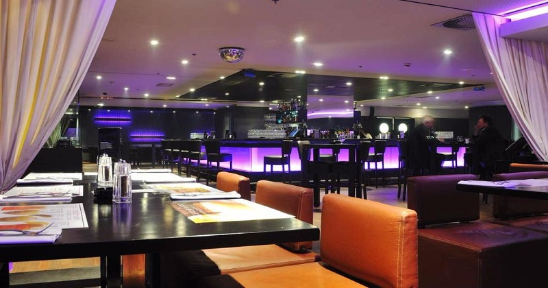 Al Qaza Lounge & Bar
